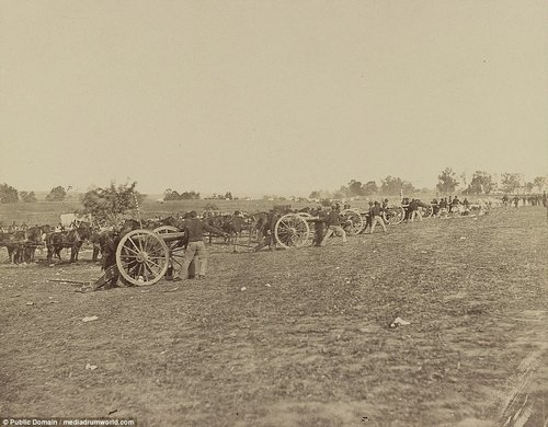 US Artillery, going into action on south side of Rappahannock River below Fredericksburg, Va., June 4, 1863