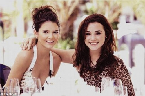 Could be sisters! Natalie is the spitting image of her first cousin Kendall Jenner