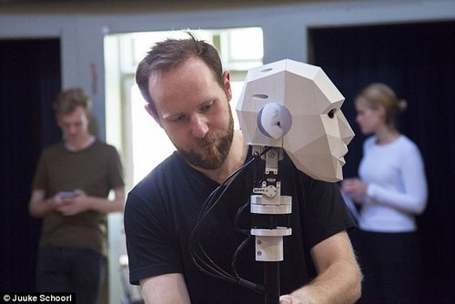 By confronting their own mortality and becoming familiar with sensations associated with dying, it is hoped that this will reduce the trauma of the real thing. Here designer Frank Kolkman setting up his creation