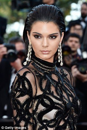Model Kendal Jenner has spoken out about the terrifying effects of her sleep paralysis