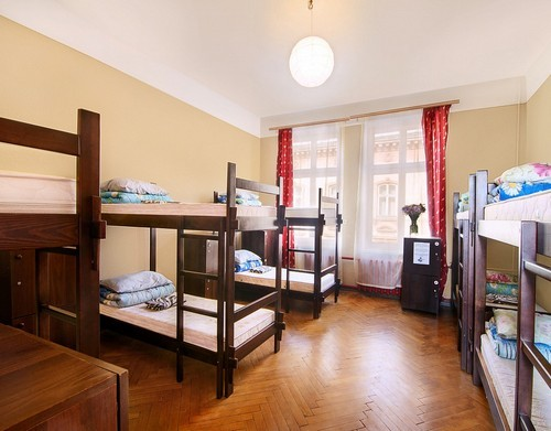 Hostel with a long lease. Rating on booking - 8.5