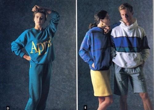 Первая и единственная коллекция одежды от Apple была выдержана в стиле спорт-шик.