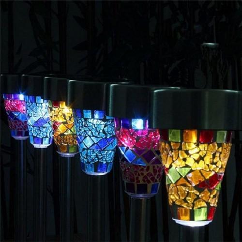 Современные мозаичные светильники, которые создают неповторимый эффект игры цветов.