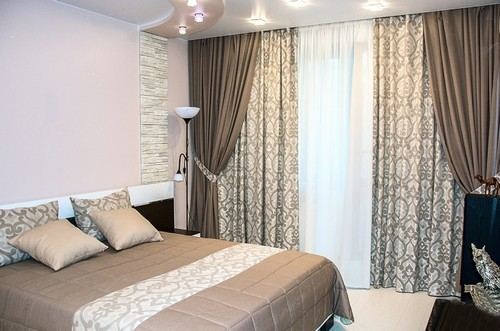 Мягкие и благородные оттенки идеально смотрятся на шторах для спальни.