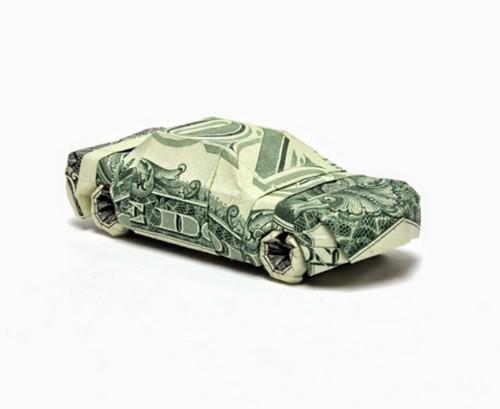 Машина из денежных купюр.