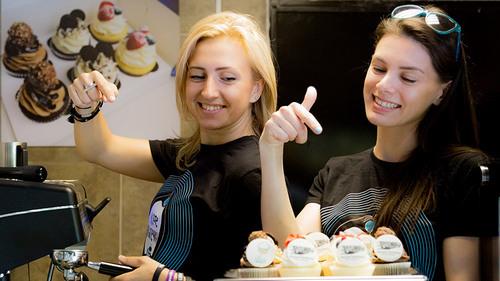 Maria and Olga Dereviago