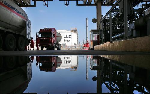 Новак прогнозирует снижение цен на нефть $50 за баррель