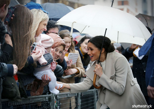 Prince Harry and Meghan Markle: The Year in Review — Meghan in Belfast fans