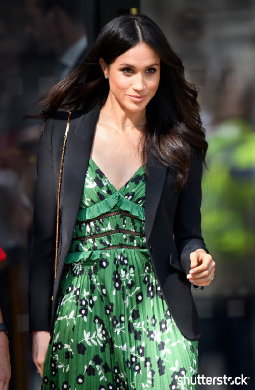 Prince Harry and Meghan Markle: The Year in Review — Meghan in a Green Dress