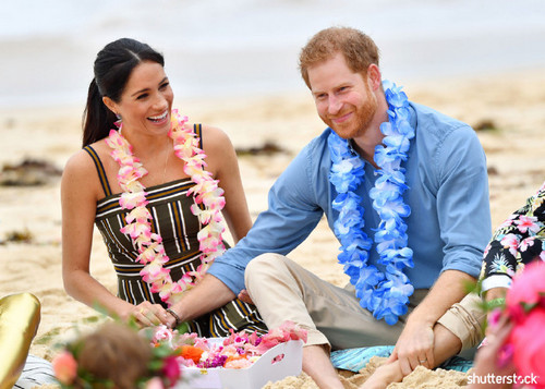 Prince Harry and Meghan Markle: The Year in Review — Flower Necklace