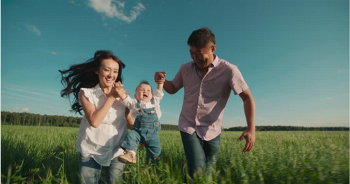 12 Tips for Taking Authentic Videos of People Having Fun — Pick Real Families