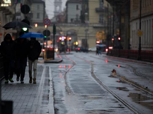 7 Photographers on Taking Beautiful Photos on Rainy Days — Mind Your Shutter Speed