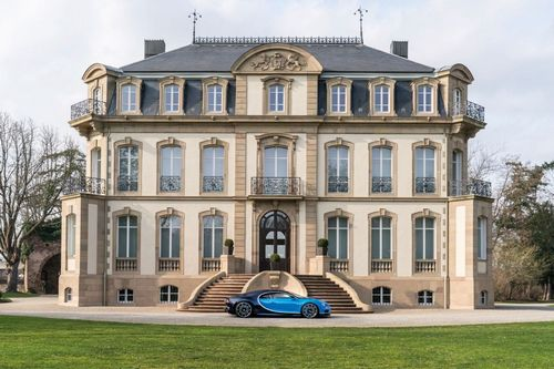 Bugatti's cars are designed with both performance and style in mind, meaning the same creation can both set blistering laptimes on the racetrack, or serve as a piece of sculptural art in front of the owner's mansion, villa, or as here, at Château Saint-Jean.
