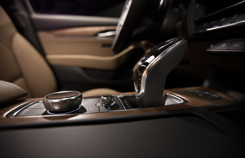 2020-Cadillac-CT5-PremiumLuxury-008