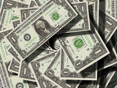 How the world's most modest billionaires live