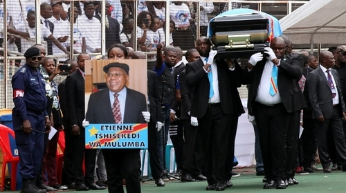 Mourners pay tribute to late opposition leader