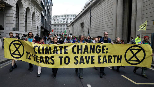 EU leaders fail to show united front on climate change