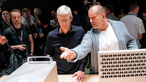iPhone designer Jony Ive to leave Apple and start own firm