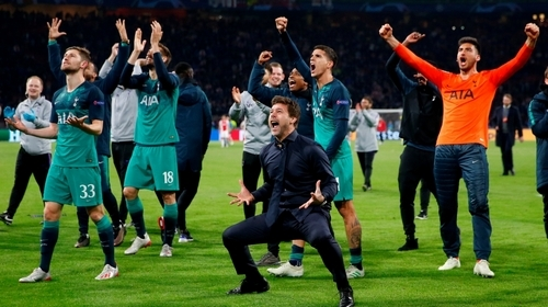 Liverpool face Tottenham in all-English Champions League final