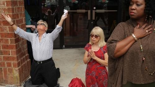 Virginia Beach shooting: Residents hold prayer vigil for 12 dead