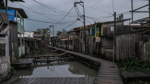 Stilt houses in the Guama neighbourhood, Belem [Tommaso Protti/Al Jazeera]