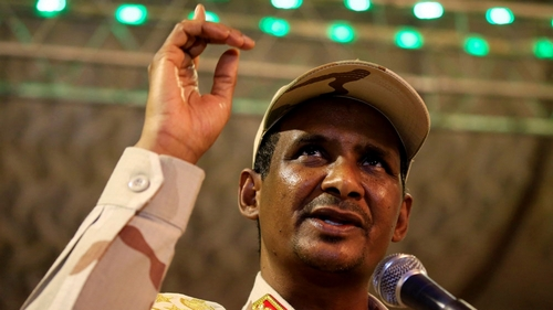 Sudan's Hemeti meets el-Sisi ahead of resumption of power talks