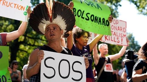 Brazil's Bolsonaro sends army to fight Amazon fires